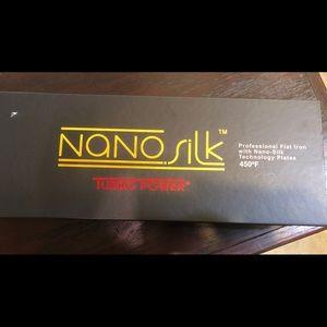 "Turbo Power Nano Silk Flat Iron 1.5""450 Degree"